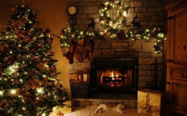 salon oscuro decoracion chimenea