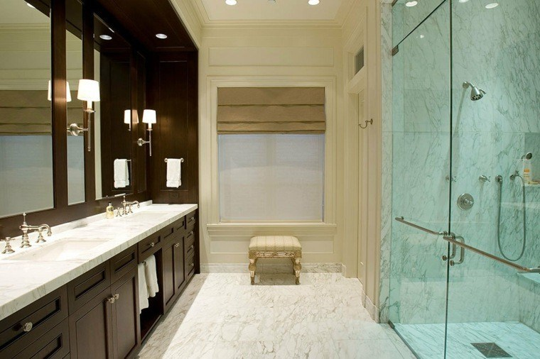 Cuartos de bao marmol lujoso en suelo y paredes
