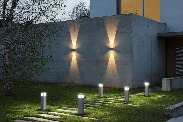 Iluminacion exterior jardines llenos de vida y color