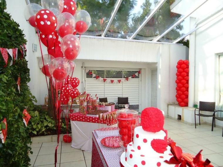 decoración fiesta color rojo