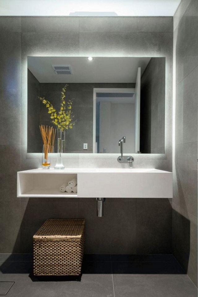 reformar-bano-iluminacion-lavabo-espejo-bano-pequeno