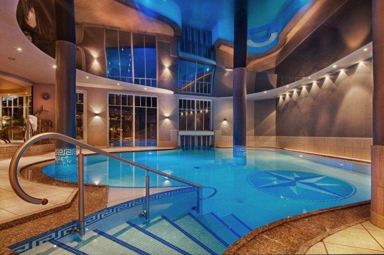 Construccin de piscinas dentro de la casa en 36 diseos