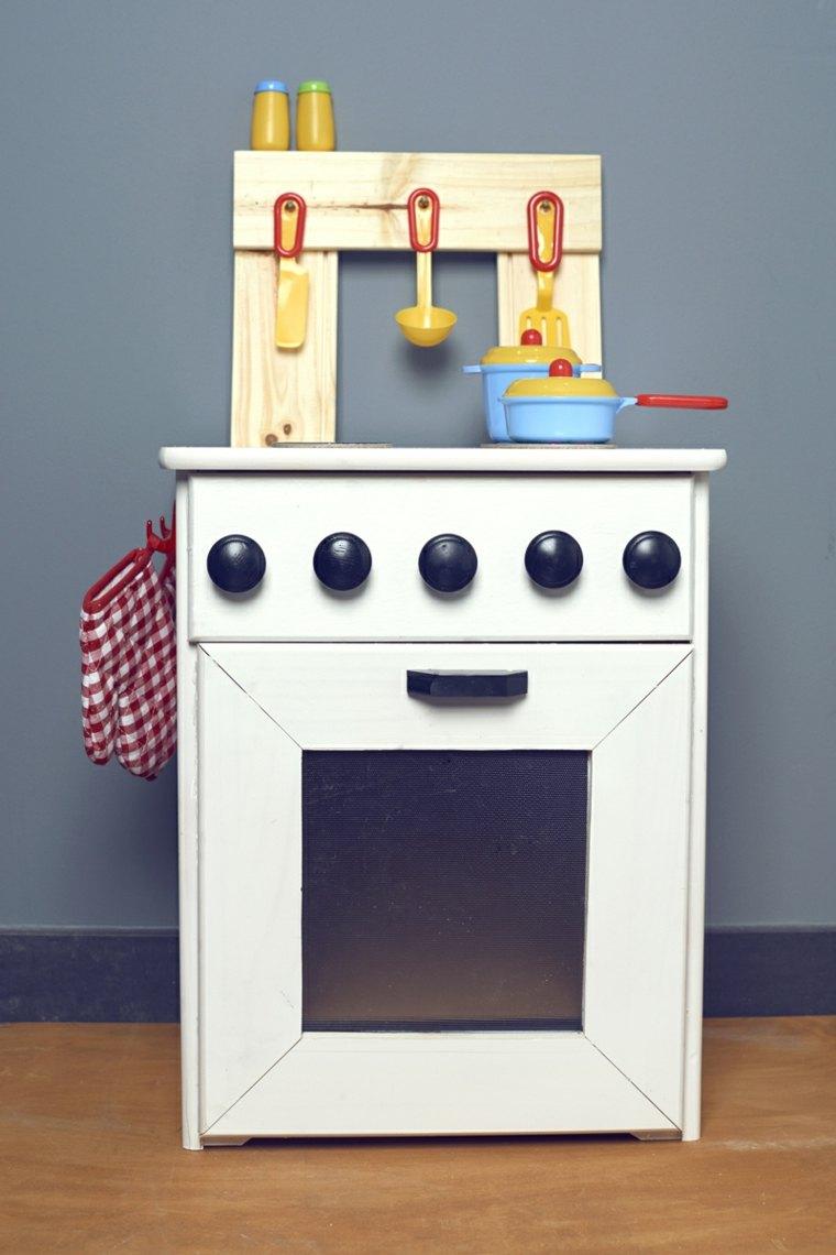 Cocinas de juguete para que los nios se diviertan