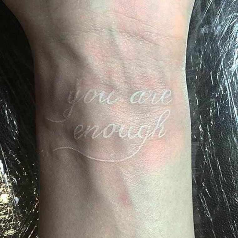 Diseños De Tatuajes Con Tinta Blanca Ventajas Y Desventajas