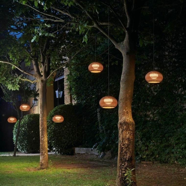 ideas para iluminar tu jardin masluzmx