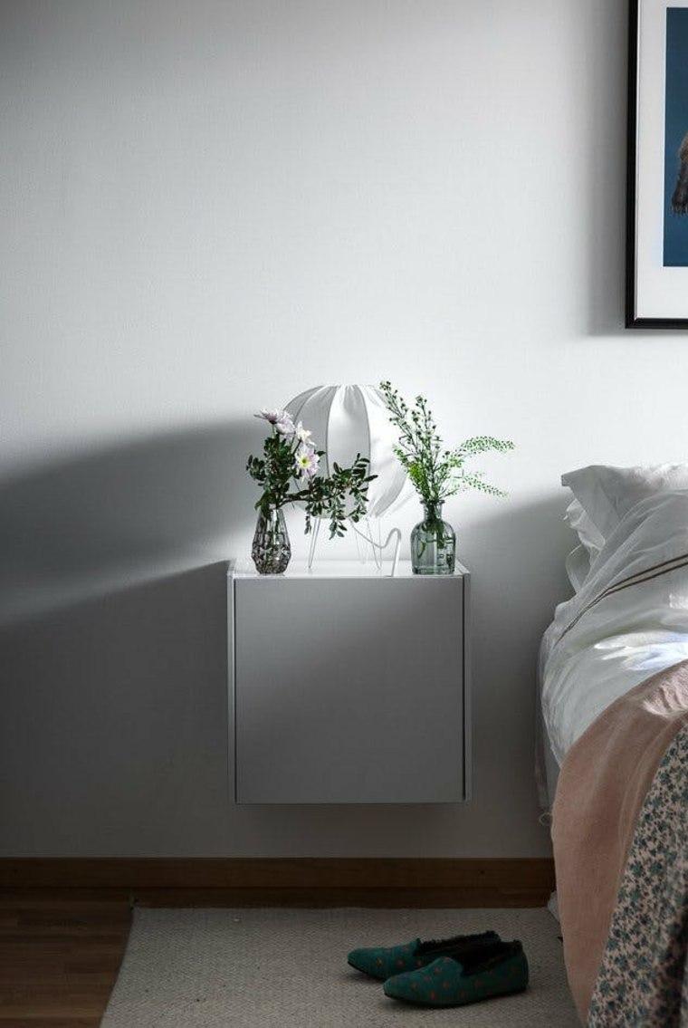 Mesa de noche flotante y otras ideas originales para