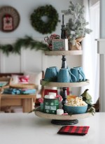 Classic Christmas Kitchen and Christmas Dining Room at the happy housie-8