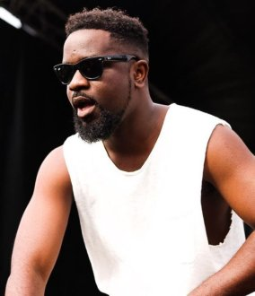 Pic 4- Sarkodie