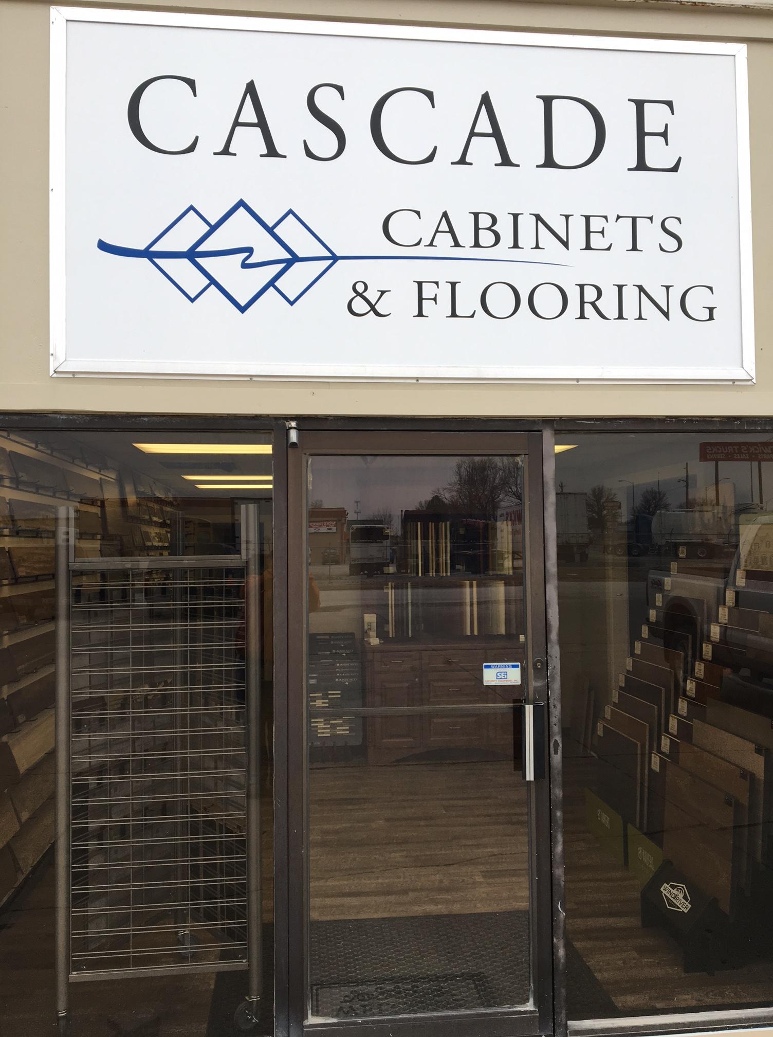 Cascade Cabinets  Flooring