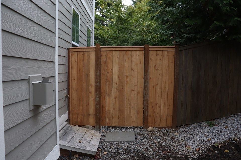 gate, fence install, new fence