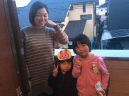 Tomoko and her daughters at our apartment the night before we left.