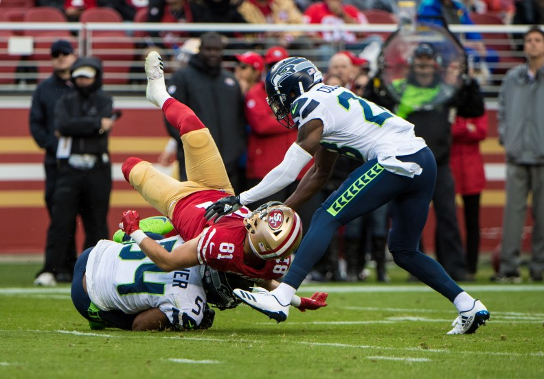 Bobby Wagner intercepts pass intended for Trent Taylor