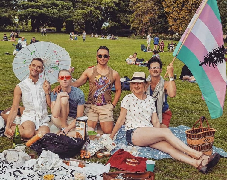 Cascadians with a spread of local delights at a Picnic in the Park
