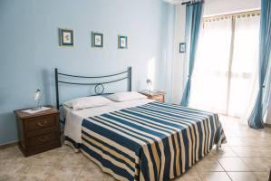 Bed and Breakfast Neive Cascina Longoria king