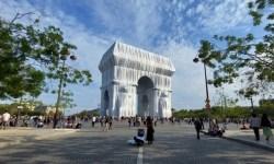 Arc de Triomphe Wrapped