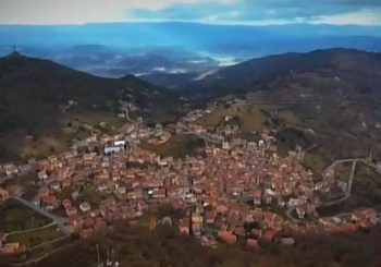 Housing crisis solved? Italy's Sardinia is selling homes for €1 | Newshub