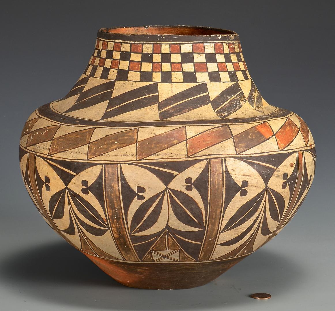 Lot 506 Native American Pottery Jar Acoma Olla