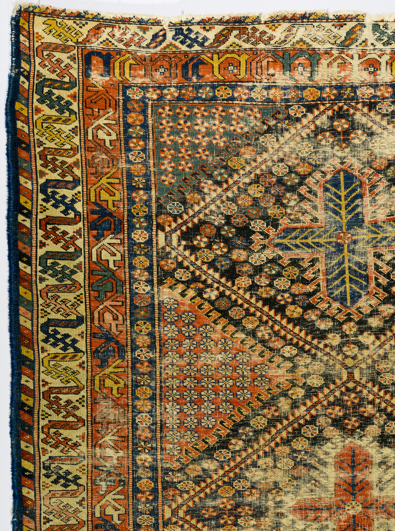 Lot 914 Vintage South Persian rug 410 x 611