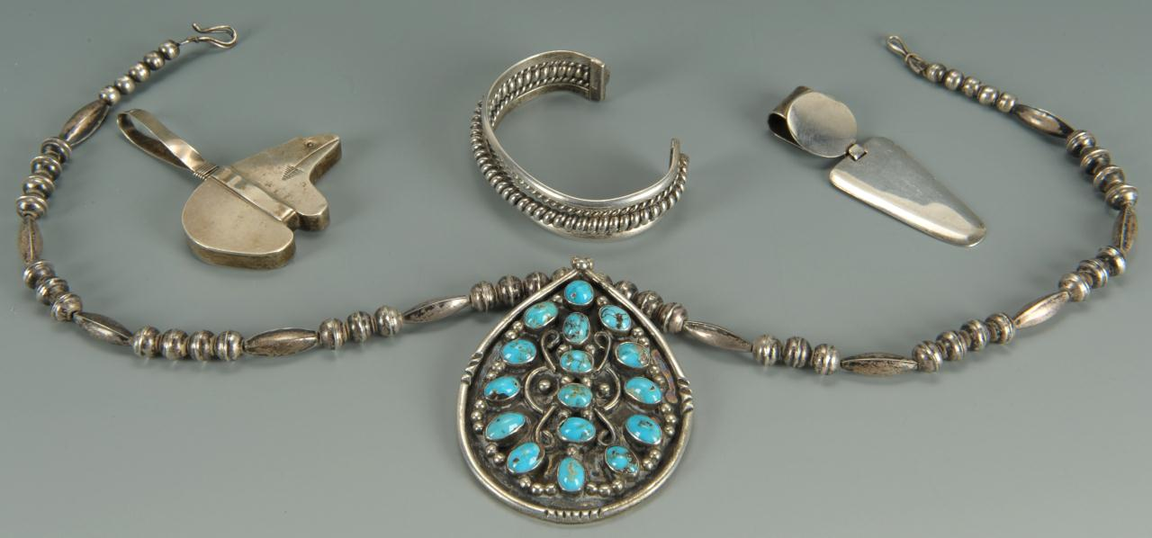 Lot 680 Navajo and Mexican silver jewelry 4 pcs