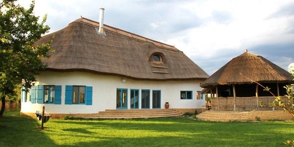 Ce avem de învăţat de la arhitectura tradiţională?