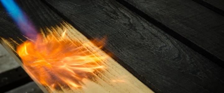 Învelitoare ecologice, tradiționale : Yakisugi, lemnul ars, pentru acoperiș