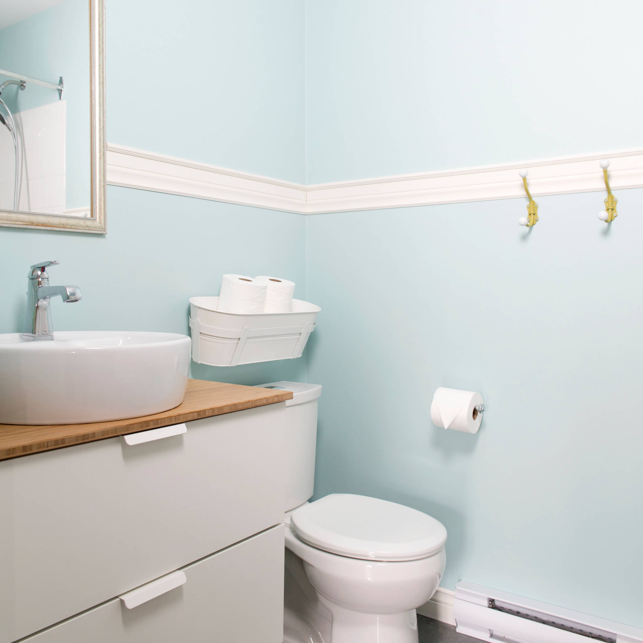 kids bathroom blue