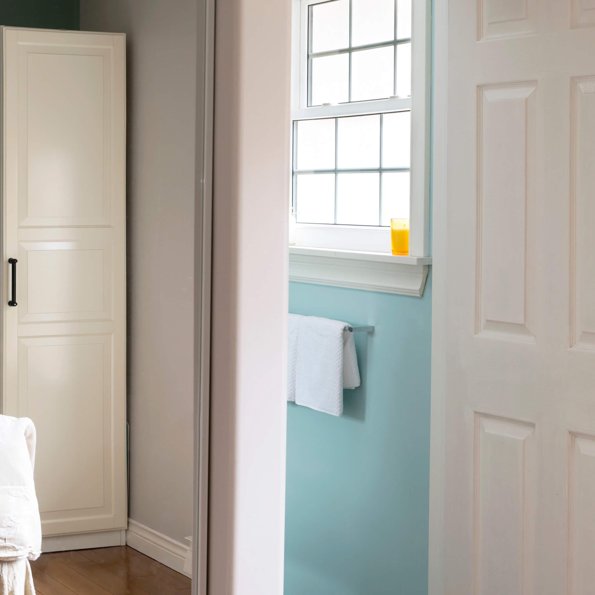 mirrored closet and master ensuite bathoom