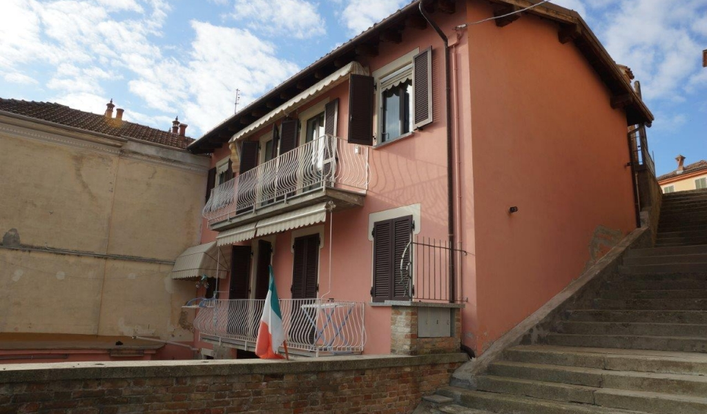 case-in-piemonte-piedmont-real-estate-special-occasion-hilltop-village-11