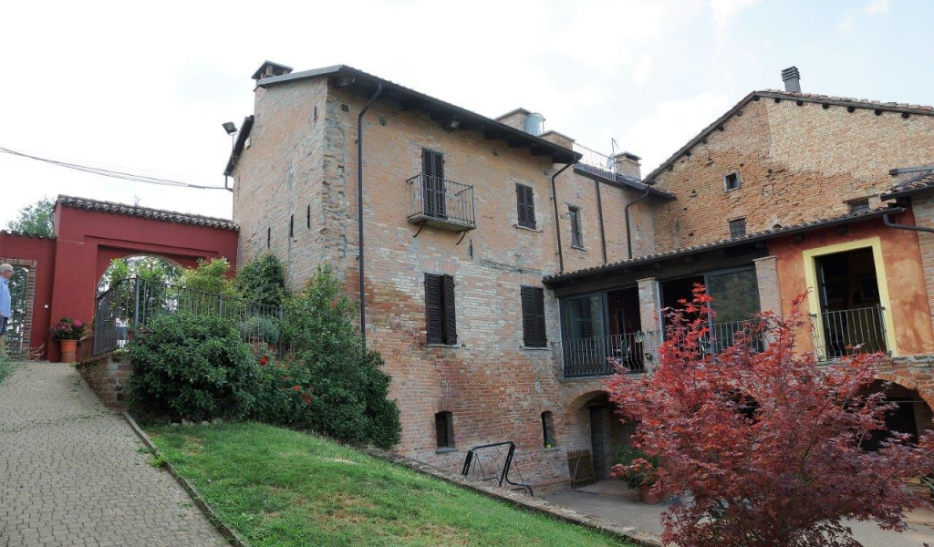case-in-piemonte-piedmont-real-estate-classical-village-house-002
