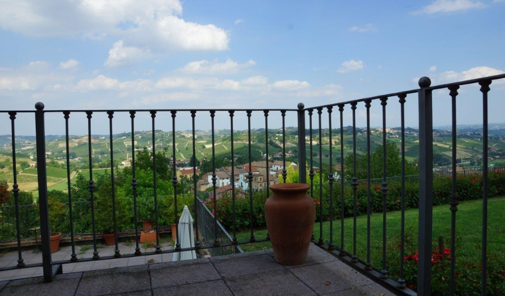 case-in-piemonte-piedmont-real-estate-classical-village-house-021