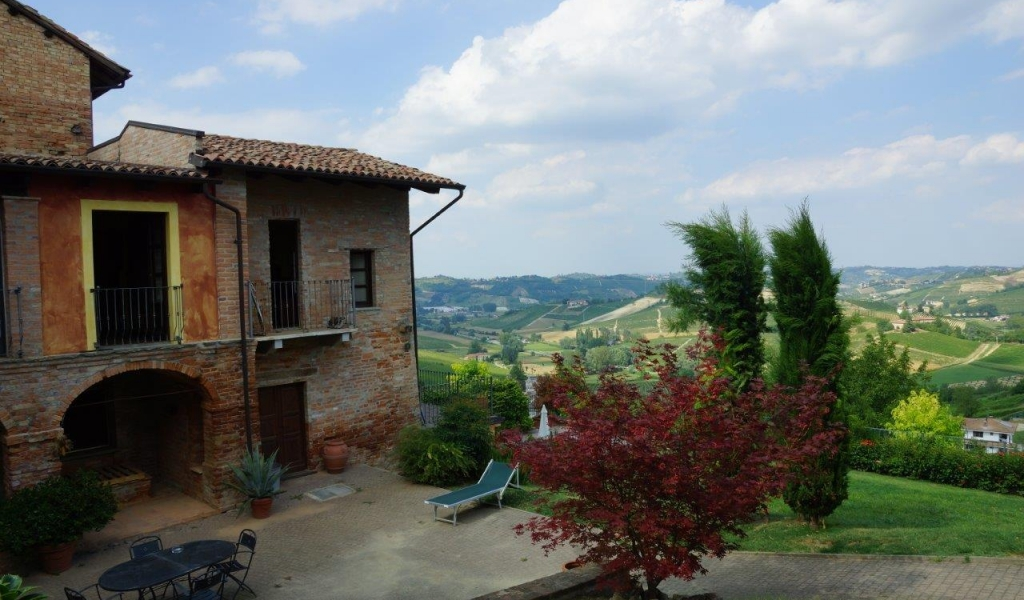 case-in-piemonte-piedmont-real-estate-classical-village-house-022