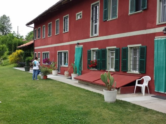 case-in-piemonte-piedmont-real-estate-lovely-renovated-farmhouse-b&b-004