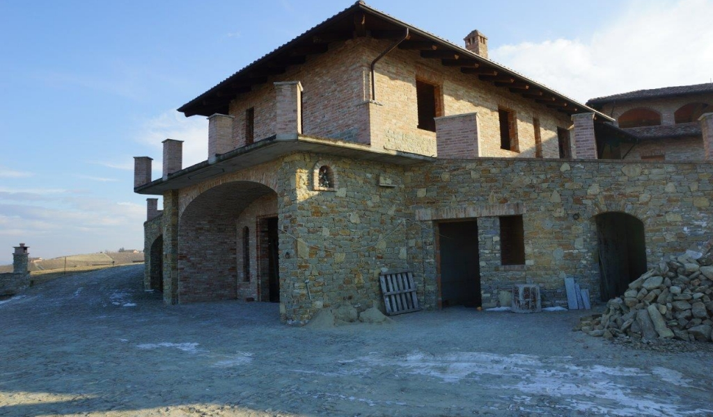 case-in-piemonte-piedmont-real-estate-magnificent-casale-breathtaking-position-003