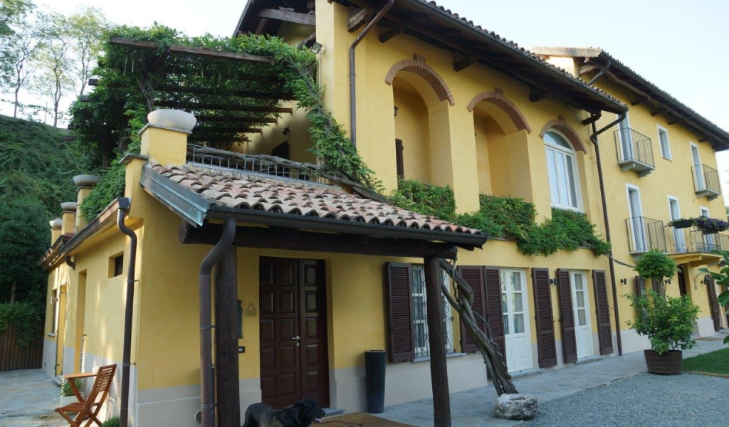 case-in-piemonte-piedmont-real-estate-amazing-cascinale-outside-canelli-14