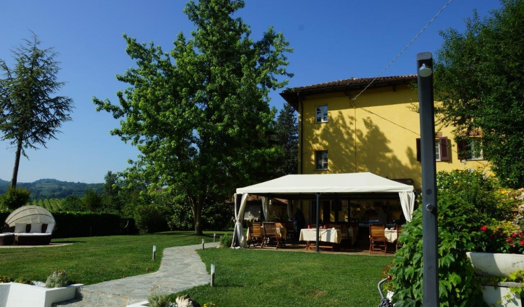 case-in-piemonte-piedmont-real-estate-amazing-cascinale-outside-canelli-26