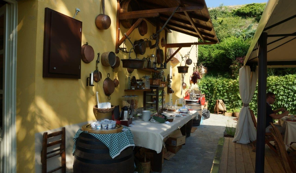 case-in-piemonte-piedmont-real-estate-amazing-cascinale-outside-canelli-27