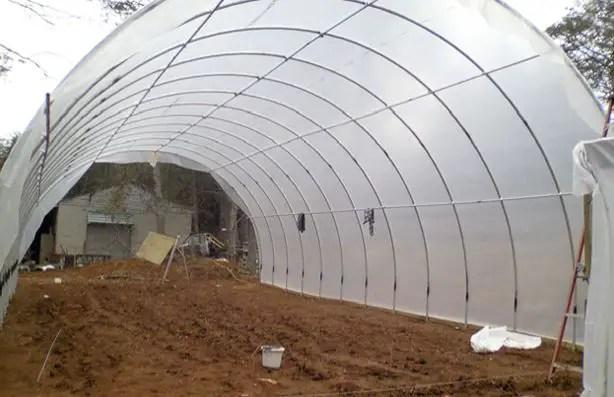 Constructia unei sere pentru legume in cativa pasi