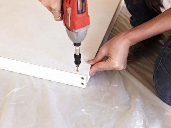 Construirea unei usi glisante building a sliding door 8