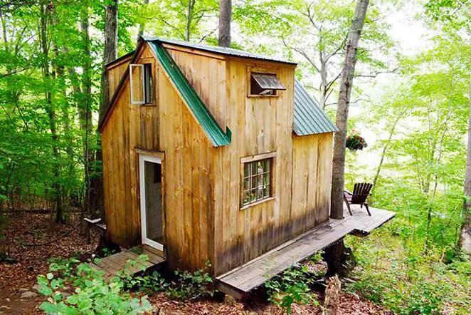 casa de 4000 de dolari the 4,000 USD house