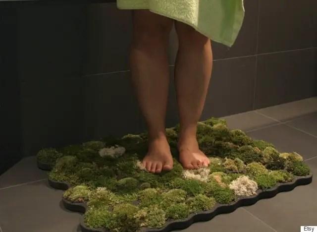Inventii trasnite pentru baie foarte utile