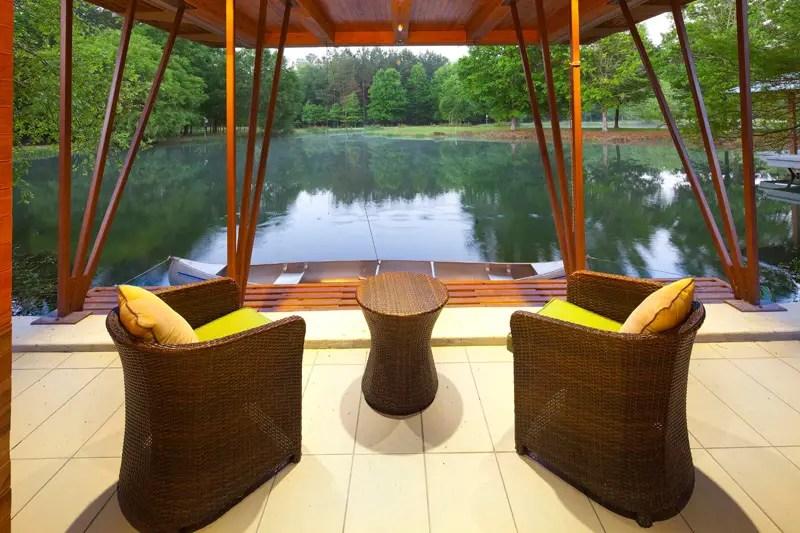 Casa de pe lac din Hammond
