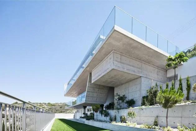 Case cu terase din sticla frumoase