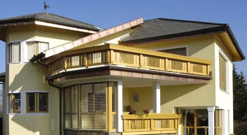 Modele de balcoane din lemn accente pline de frumusete for Modele de balcon din lemn
