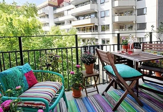 Sase trucuri pentru personalizarea balconului acasa