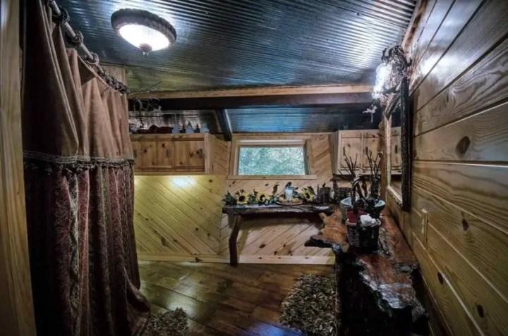 salasul din padure the hideout in the woods 6