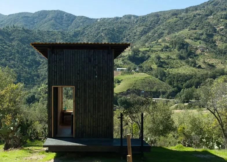 Casa pe butuci din Chile