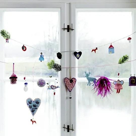 decorarea geamurilor de craciun Christmas window design ideas 22