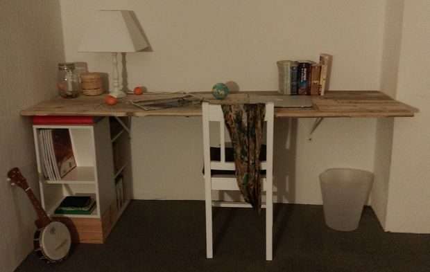 birou din paleti Wood pallet desks 9