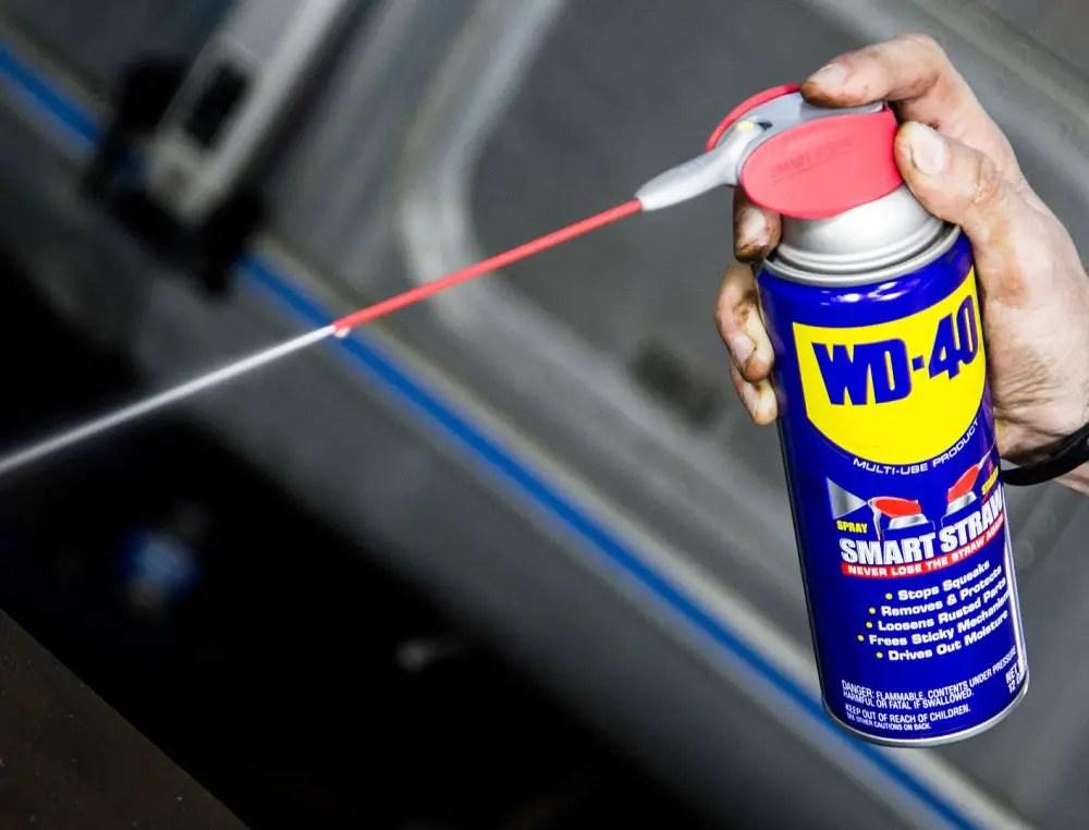 noi utilizari ale sprayului multifunctional acasa