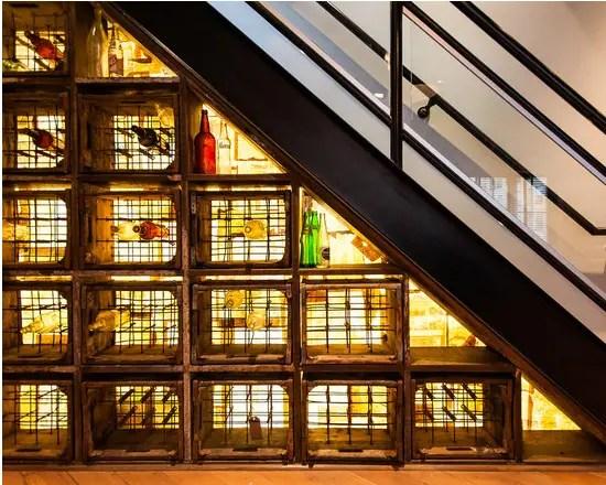 utilizarea spatiului de sub scari under stairs storage ideas 10